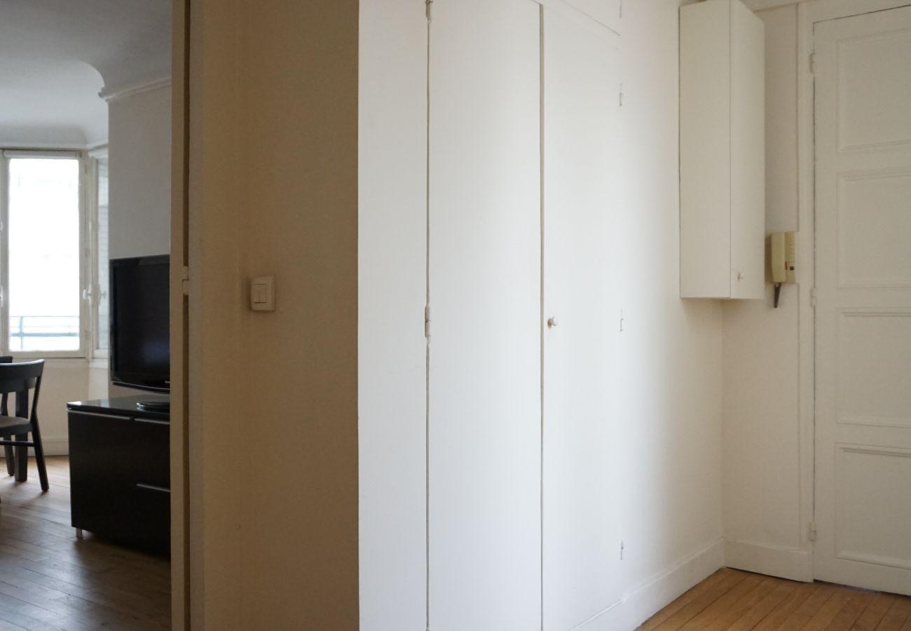 Apartment in Paris - Rue de l'Etoile - Paris 17 - 217017