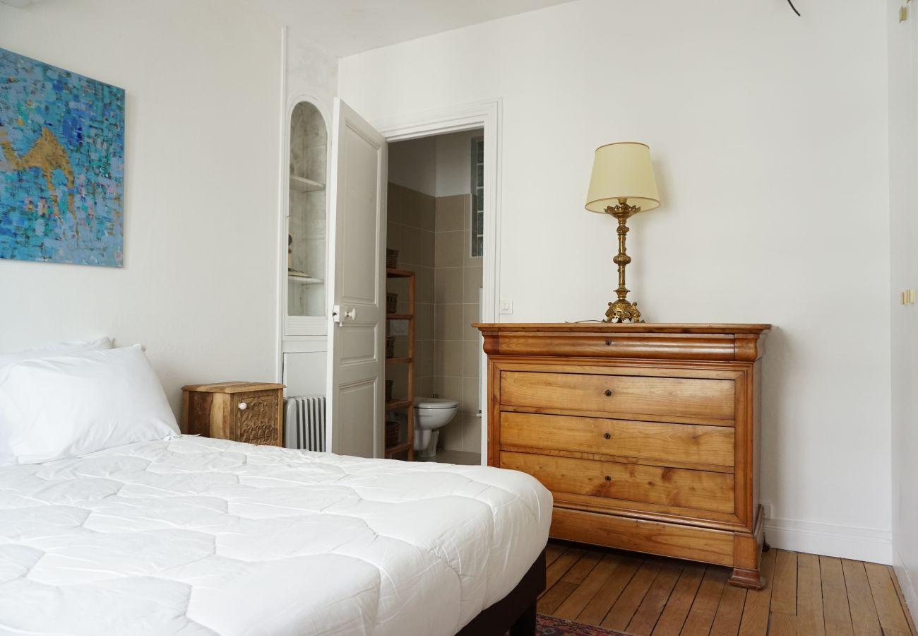 Apartment in Paris - Bd Flandrin - Paris 16 - 316121