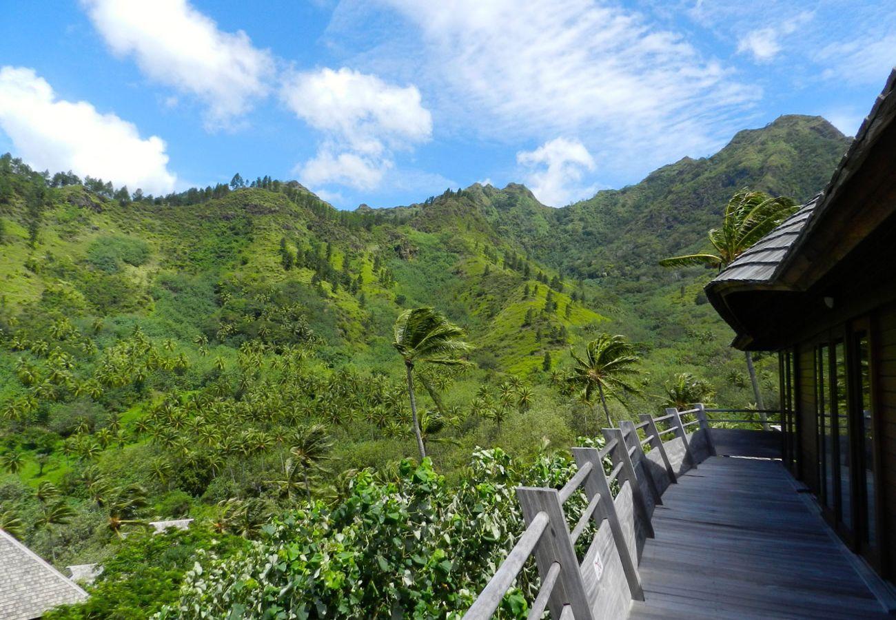 Villa in Tiahura - #6 Legends Villa by TAHITI VILLAS