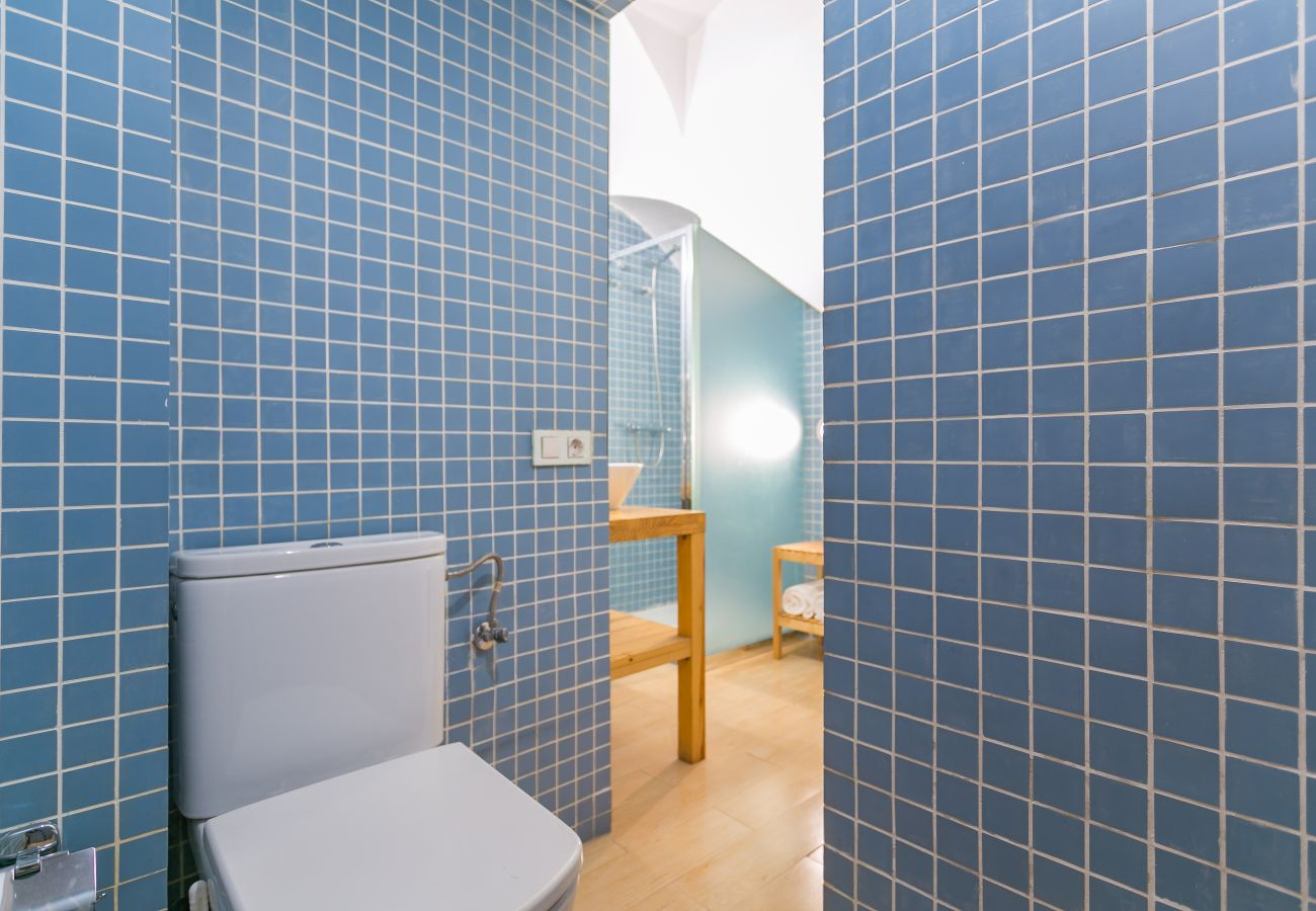 bathroom of 1-bedroom apartment in Barceloneta 2 minutes from the beach