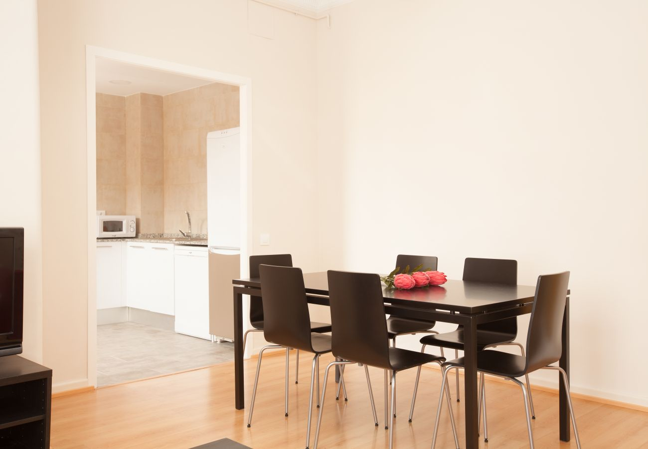 dining room of apartment in Vallcarca with views to the mountains