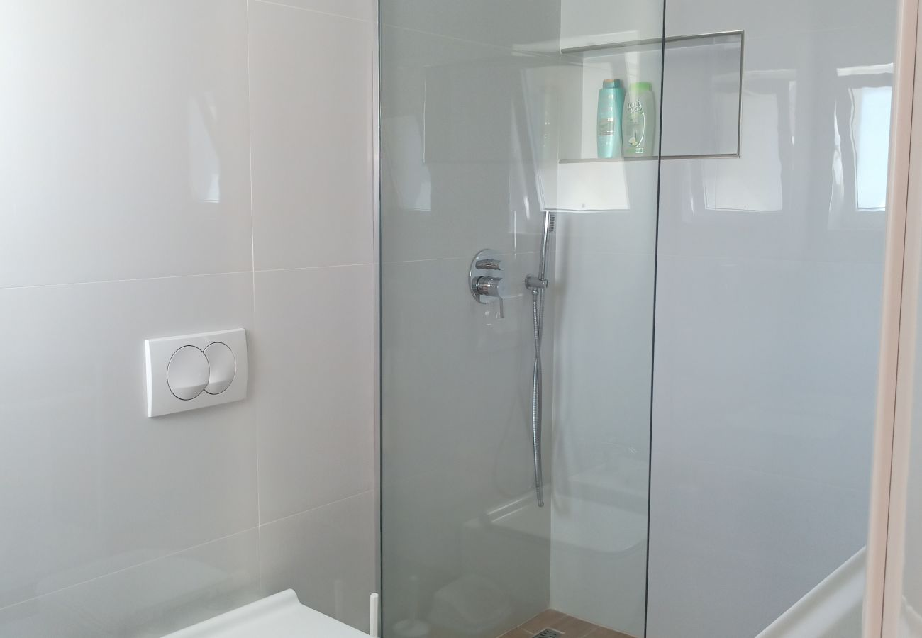 Bathroom with shower in one bedroom apartment in Vlora