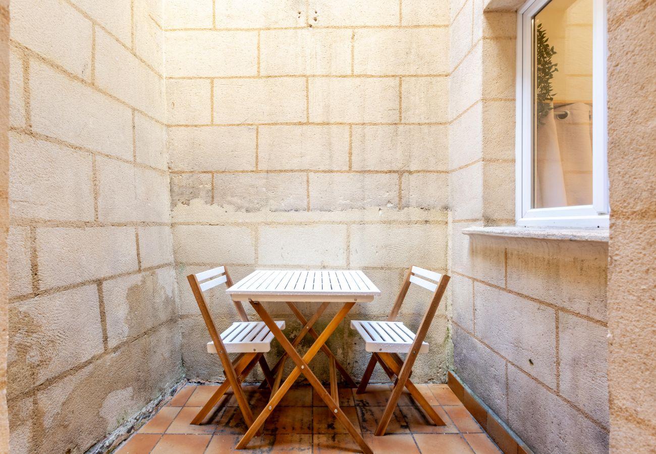 Studio in Bordeaux - BDX- CINÉMA PAUL LOUIS LANDE Hypercentre